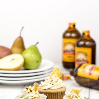 Ginger Beer Cupcakes with Roasted Pear Mascarpone Frosting