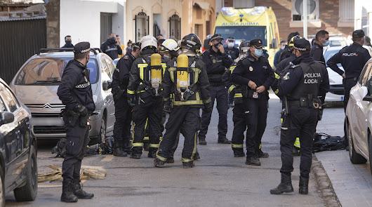 Mueren una madre y su hijo carbonizados en el incendio de su casa en Almería