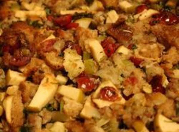 Sausage, Apple, Cranberry Dressing Recipe