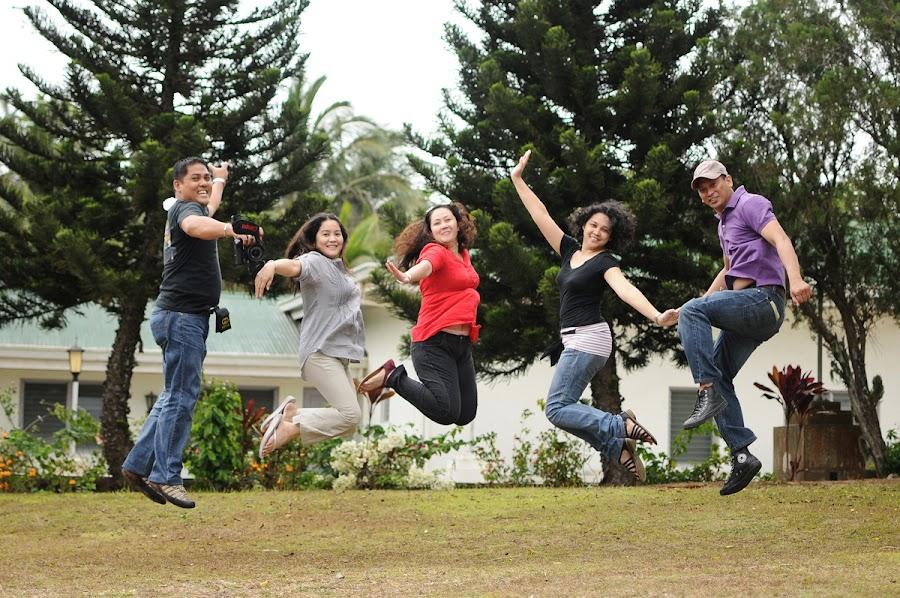Batch mate Jump! by Dj Hostalero - People Group/Corporate ( jump-shot, tagaytay, djmaculet, classmates )