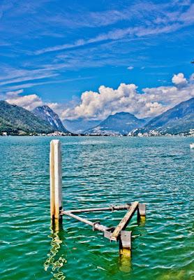 Triangle in the lake di superEla