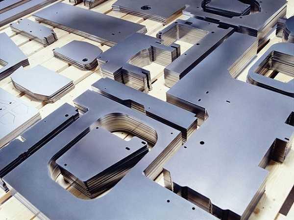 Cắt CNC laser sắt tại TpHCM