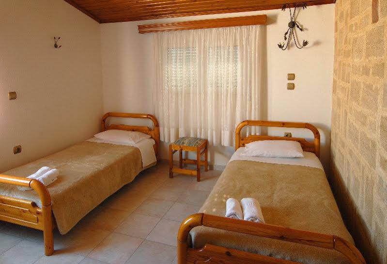 Theonia Apartment - Rodos Otelleri