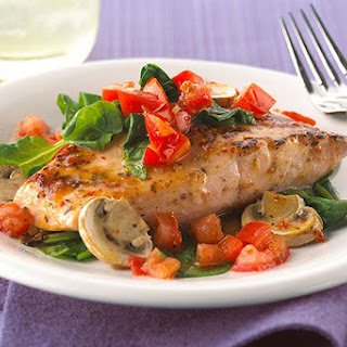 Baked Salmon with Tomatoes, Spinach & Mushrooms Recipe
