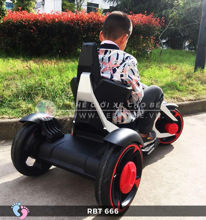 Xe mô tô điện trẻ em 3 bánh RBT-666 3