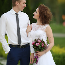 Wedding photographer Toma Shekhovcova (Tomash). Photo of 06.07.2016