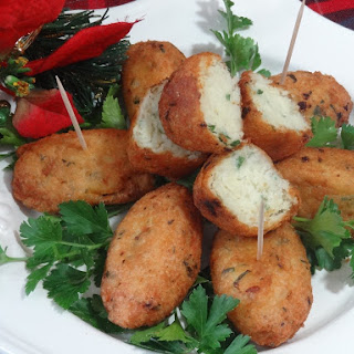 Pasteis de Bacalhau   Bolinhos de Bacalhau   Codfish Croquettes.