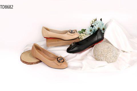 Chia sẻ về nguồn sỉ giày dép trẻ em