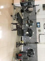Max Burn Unisex Gym photo 2