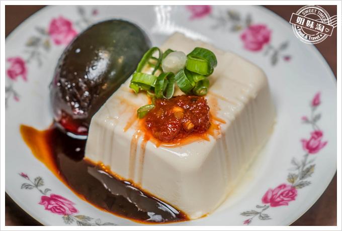 香園牛肉麵皮蛋豆腐