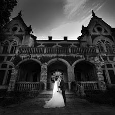 Wedding photographer Vadim Rogalin (Zoosman). Photo of 22.09.2014