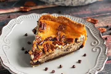 Chocolate Pecan Cheesecake Pie