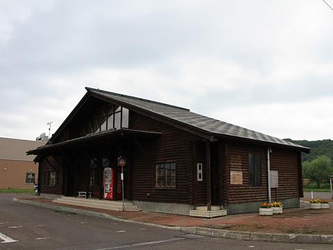 沿岸バス「上平古丹別線」 1808 古丹別バス停 待合所