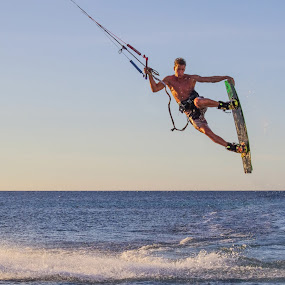 Unhooked grab by Ryan Curtright - Sports & Fitness Other Sports ( flat water, sunset, rrd, seico island, kiteboarding )