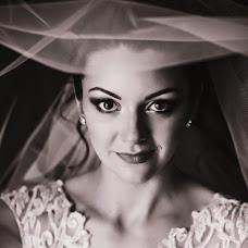 Wedding photographer Yuliya Pozdnyakova (FotoHouse). Photo of 22.09.2017