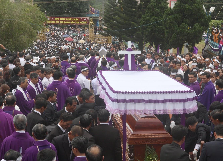 Thánh lễ an táng Cha Đaminh Vũ Đức Hậu - Giáo phận Ban Mê Thuột - Ảnh minh hoạ 11