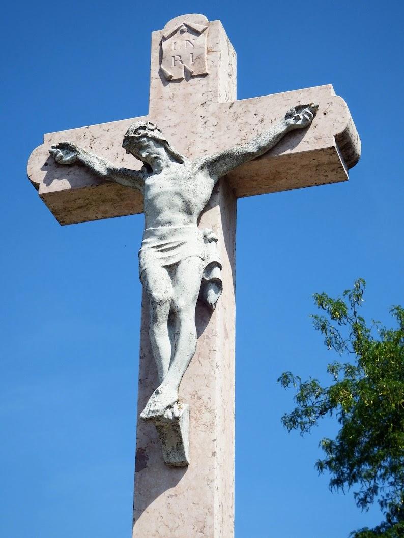 Tatabánya - Temetői kereszt a felsőgallai temetőben