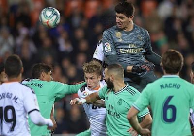 🎥 Vanavond neemt Real Madrid het op tegen Valencia en de laatste keer dat de teams elkaar bekampten deed Thibaut Courtois dit
