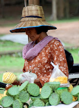 Photo: Year 2 Day 44 -  Vendor in the Park