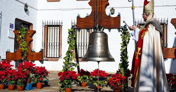 Bendicen las nuevas campanas de la parroquia de Aguadulce