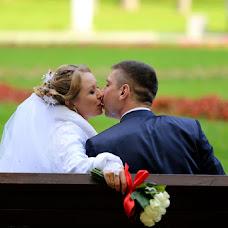 Wedding photographer Viktoriya Lutova (vika743). Photo of 20.11.2014