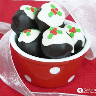 Healthy Christmas Pudding Balls.