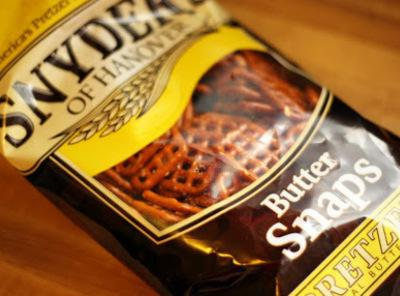 (These are the pretzels I used and they were amazing! Synder's Butter Snaps)