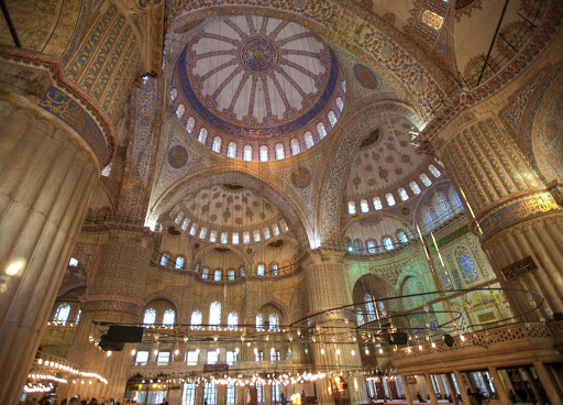 Blue-Mosque-interior-5.jpg - The Sultan Ahmed Mosque, or Blue Mosque, was completed in 1616.