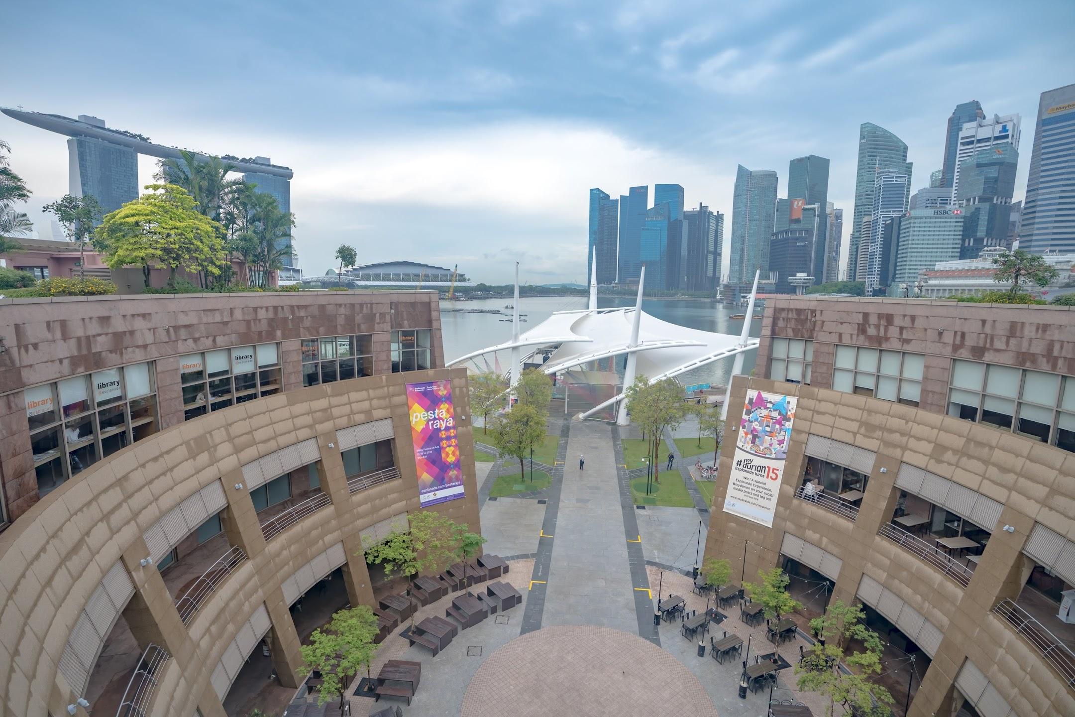 シンガポール エスプラネード Roof Terrace2