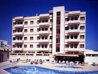 Flora Apartements