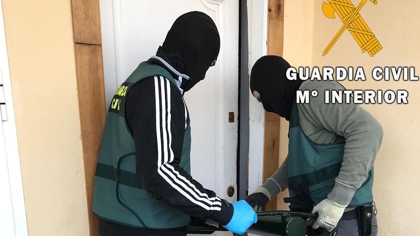 Operación policial desarrollada en Roquetas.
