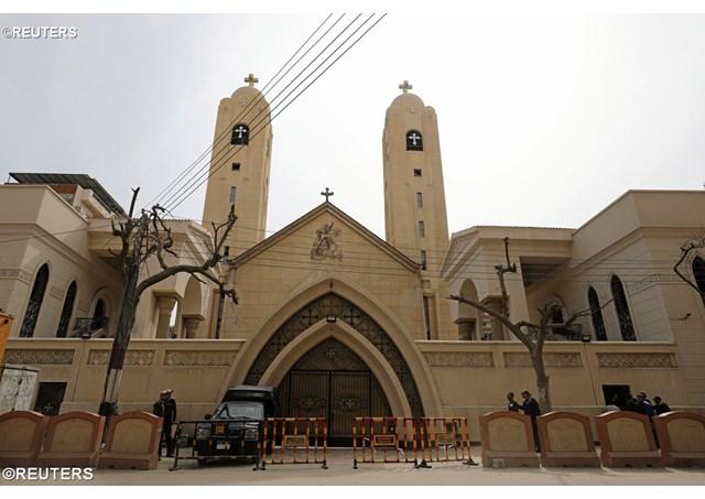 Chủ tịch Hội đồng Giám mục Hoa kỳ (USCCB) khóc thương các nạn nhân vụ tấn công bằng bom ở Ai-cập