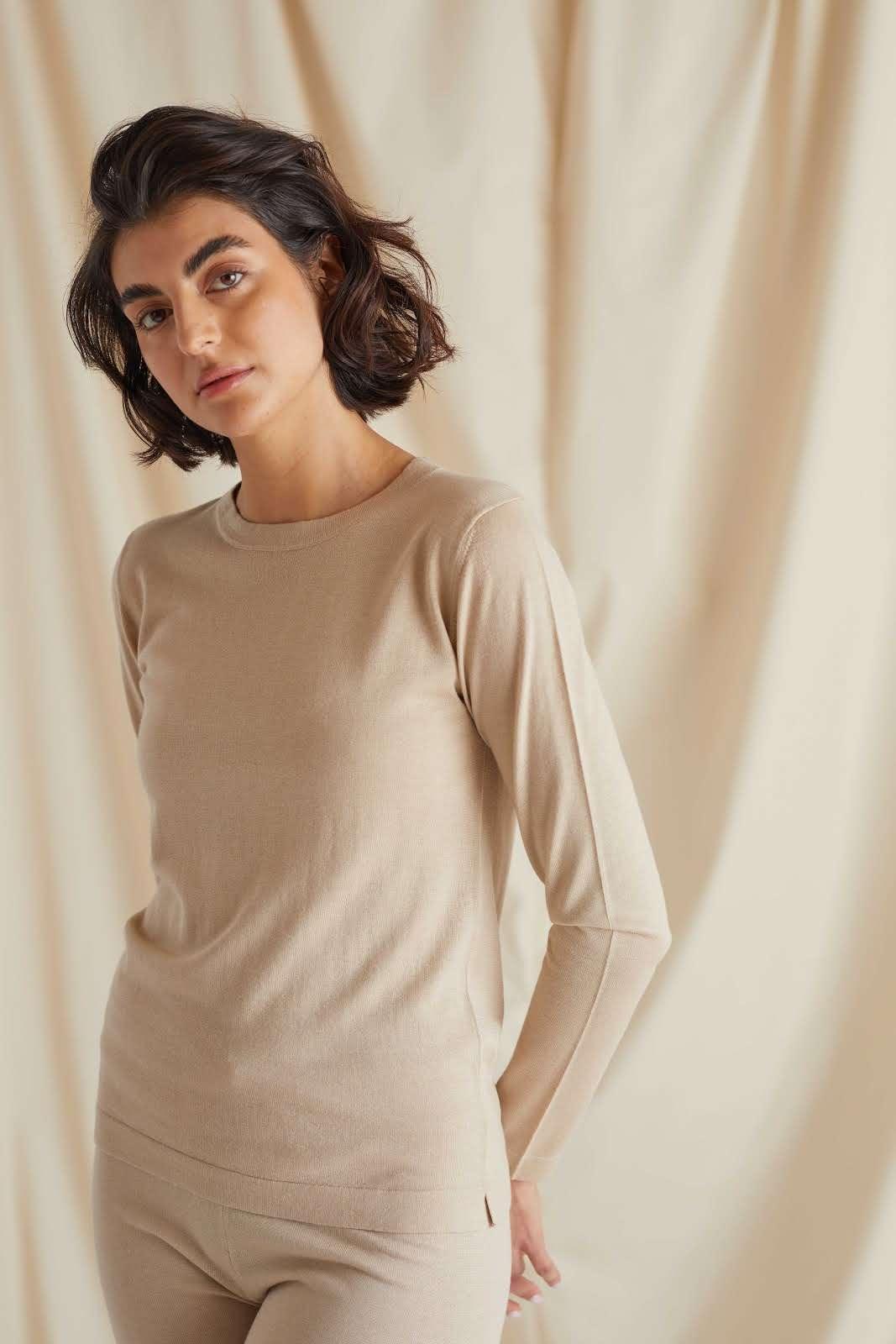 Fine Knit O-neck Sweater