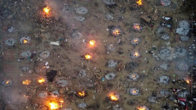 Место массового сожжения умерших, 22 апреля