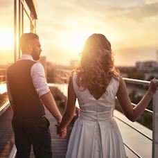 Wedding photographer Artem Grebenev (Grebenev). Photo of 22.11.2016