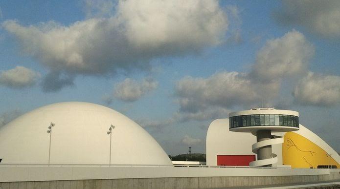 Reapertura Centro Niemeyer