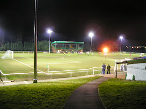 Photo: 07/02/06 v Swindon Supermarine (Southern League 1W) - contributed by David Norcliffe
