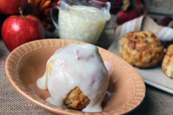Back In Time Baked Apples With Vanilla Sauce Recipe