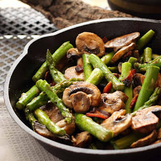 15 Minute Asparagus Mushroom and Bacon | You can't go wrong.