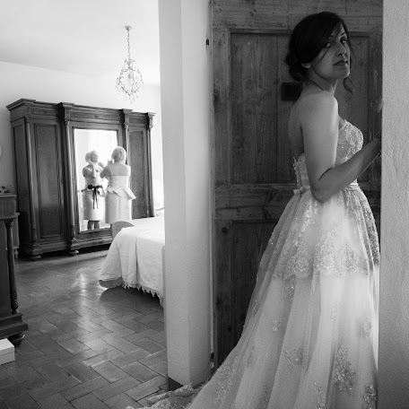 Wedding photographer Massimo Giocondo (fotofactoryfe). Photo of 08.11.2017