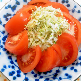 Tomato Salad with Cabbage Marinated in Aonori and Dried Bonito Flakes