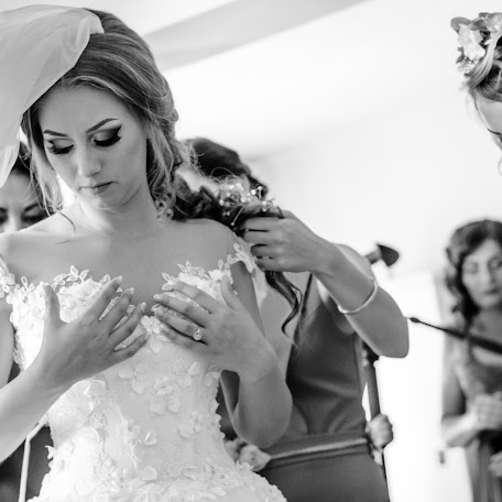 Wedding photographer Viorel Gingu (ViorelGingu). Photo of 14.09.2016