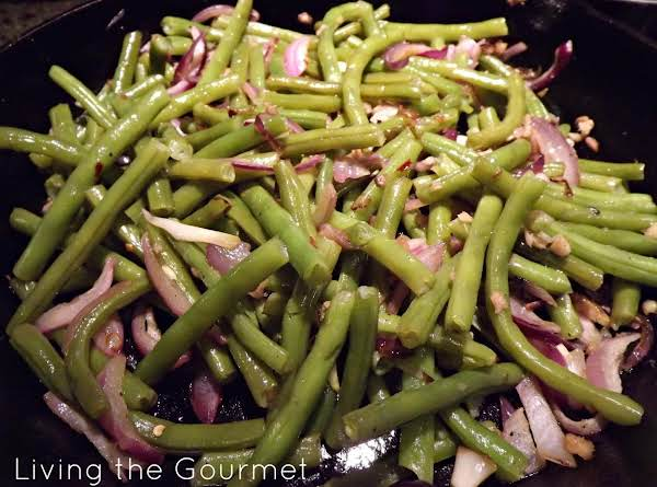Sweet And Spicy Ginger String Beans