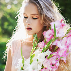 Wedding photographer Elena Pozdnyakova (fotoleya). Photo of 26.02.2016