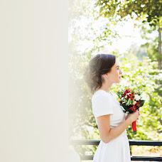 Wedding photographer Olga Volkovec (OlyaV). Photo of 14.11.2016