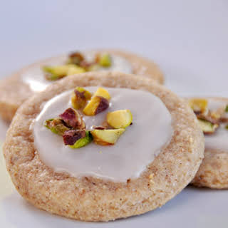 Cinnamon Cookies With Pistachio Frosting.