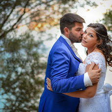 Wedding photographer Sam Tziotzios (timenio). Photo of 24.07.2017