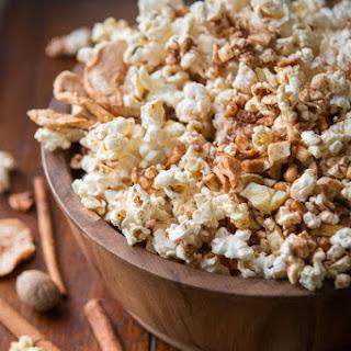 Easy Apple Pie Popcorn