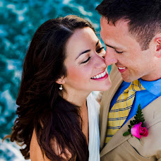 Wedding photographer Estefanía Delgado (estefy2425). Photo of 04.10.2018