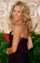 Photo: BEVERLY HILLS, CA - JANUARY 15:  Musician Sheryl Crow arrives at the 64th Annual Golden Globe Awards at the Beverly Hilton on January 15, 2007 in Beverly Hills, California.  (Photo by Frank Micelotta/Getty Images)